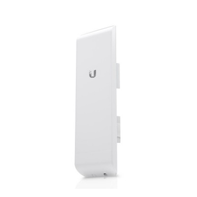 Ubiquiti NSM2 (NanoStation M2) airMAX Indoor/Outdoor AP, Freq 2.4GHz 150+Mbps, Ant 11.2dBi 2x2 MIMO, Hi-Power 28dBm, 2-Port 10/100 Ethernet